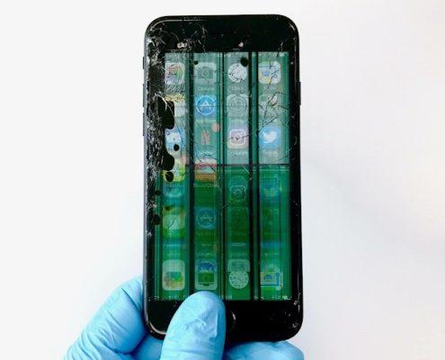 brokeniphonescreen